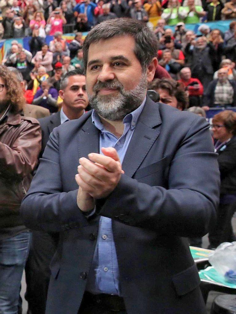 OPOSICIÓ A JUNTS A CEDIR 4 VOTS A ERC: DEIXA LA NEGOCIACIÓ A MANS DE JORDI SÁNCHEZ