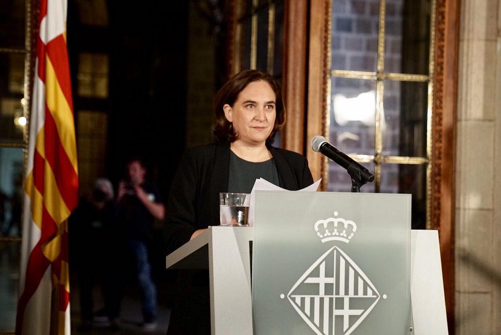 COLAU OPTA A LA REELECCIÓ: ESPERA ELS VOTS DEL PSC I DE VALLS